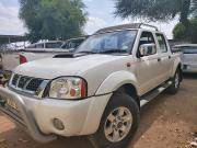 Used Nissan NP300 for sale in Botswana - 2