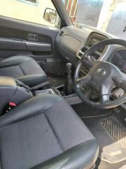 Used Nissan NP300 for sale in Botswana - 4