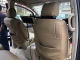 Used Toyota Alphard for sale in Botswana - 12