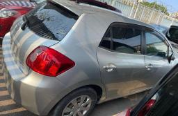 Used Toyota Auris for sale in Botswana - 4