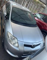 Used Toyota Auris for sale in Botswana - 12