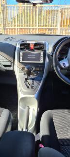 Used Toyota Auris for sale in Botswana - 18