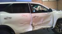 Used Toyota damaged Fortuner for sale in Botswana - 7