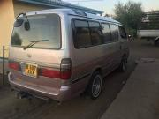 Used Toyota Hiace for sale in Botswana - 2