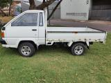 Used Toyota Hiace for sale in Botswana - 8