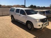 Used Toyota Hilux for sale in Botswana - 6