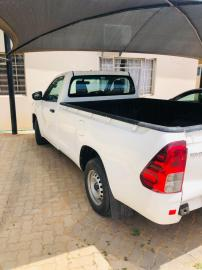 Used Toyota Hilux for sale in Botswana - 3