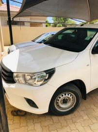 Used Toyota Hilux for sale in Botswana - 5