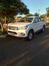 Used Toyota Hilux 7 for sale in Botswana - 4