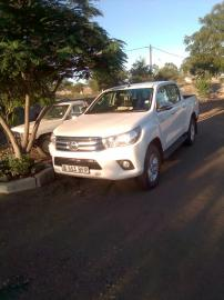 Used Toyota Hilux 7 for sale in Botswana - 6