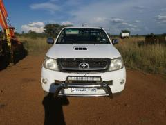 Used Toyota Hilux for sale for sale in Botswana - 1