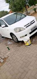 Used Toyota Ipsum for sale in Botswana - 5