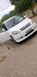 Used Toyota Ipsum for sale in Botswana - 7