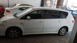 Used Toyota Ipsum for sale in Botswana - 0