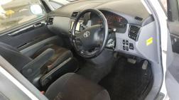 Used Toyota Ipsum for sale in Botswana - 1