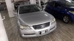 Used Toyota Mark X for sale in Botswana - 6