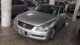 Used Toyota Mark X for sale in Botswana - 9