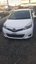 Used Toyota Vitz for sale in Botswana - 12
