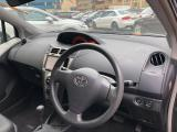 Used Toyota Vitz for sale in Botswana - 6
