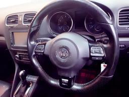 Used Volkswagen Golf R 7 for sale in Botswana - 5