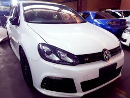 Used Volkswagen Golf R 7 for sale in Botswana - 6