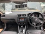 Used Volkswagen Jetta 6 for sale in Botswana - 9