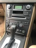Used Volvo XC70 for sale in Botswana - 3