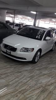 Volvo S40 for sale in Botswana - 4