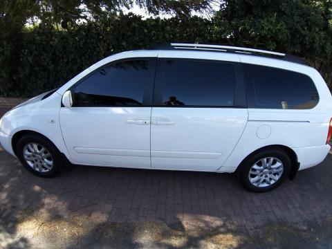 Used Kia Sedona 2 in South Africa
