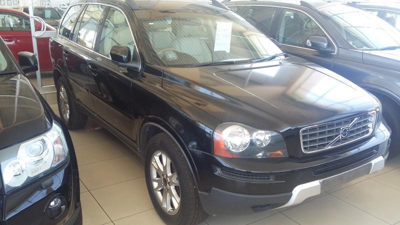 Volvo XC90 V8 in Botswana