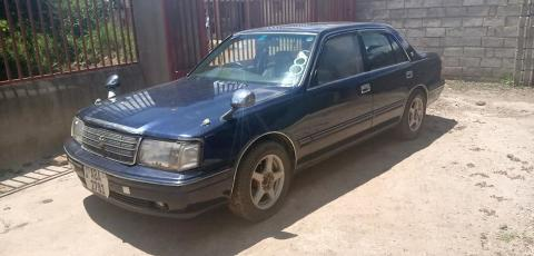 Used Toyota Crown in Zambia