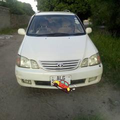 Used Toyota Gaia in Zambia