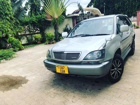 Used Toyota Harrier in Zambia