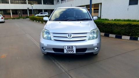 Used Toyota Ist in Zambia