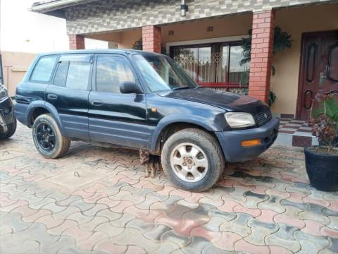 Used Toyota RAV4 in Zambia