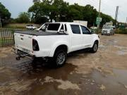 Used Toyota Hilux for sale in Zambia - 2