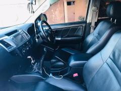 Used Toyota Hilux for sale in Zambia - 7