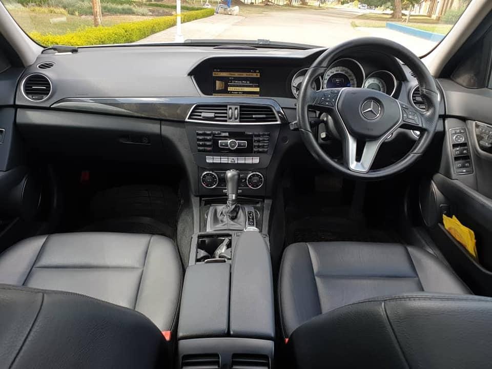 Used Mercedes-Benz C240 in Zimbabwe