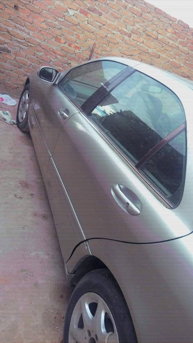 Used Mercedes-Benz S-Class W220 in Zimbabwe