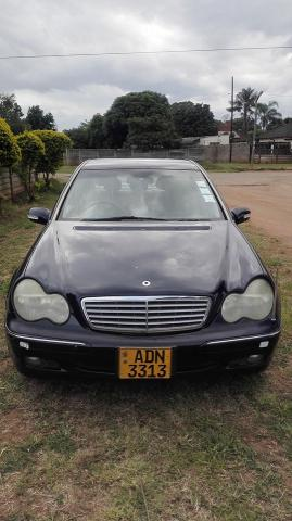 Used Mercedes-Benz C200 in Zimbabwe