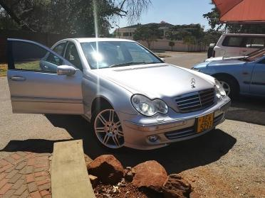 Used Mercedes-Benz c220 in Zimbabwe
