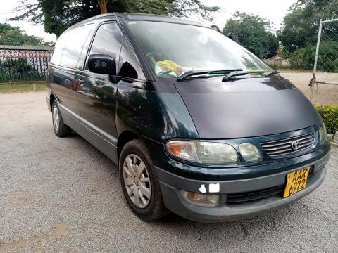 Used Toyota Estima in Zimbabwe