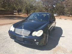 Used Mercedes-Benz C180 for sale in Zimbabwe - 1