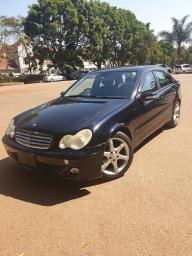Used Mercedes-Benz C180 for sale in Zimbabwe - 3