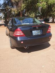 Used Mercedes-Benz C180 for sale in Zimbabwe - 4