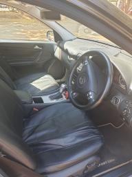 Used Mercedes-Benz C180 for sale in Zimbabwe - 5