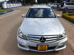 Used Mercedes-Benz C240 for sale in Zimbabwe - 2