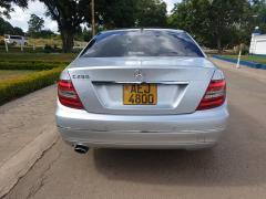 Used Mercedes-Benz C240 for sale in Zimbabwe - 4