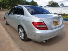 Used Mercedes-Benz C240 for sale in Zimbabwe - 5